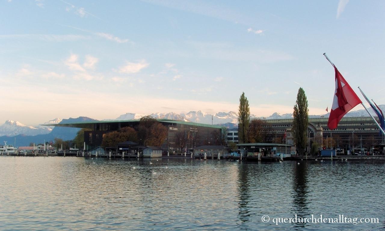 Luzern KKL Bahnhof