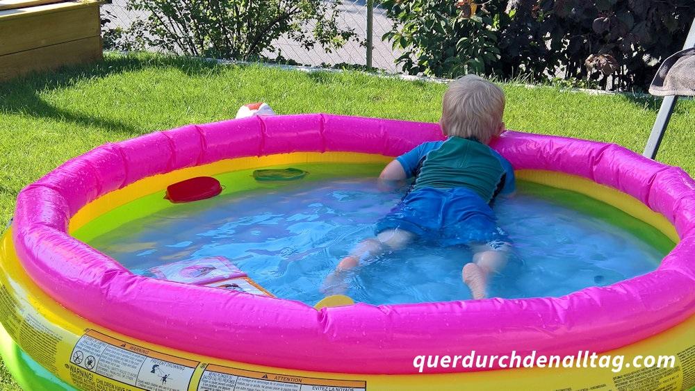 Sommer Sonntag Garten Pool